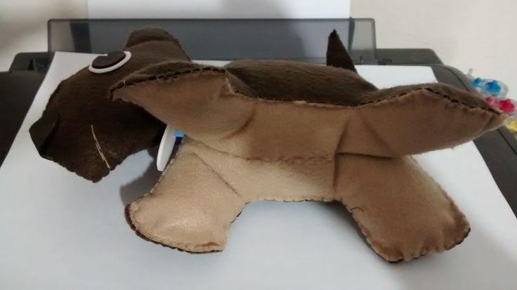 cachorrinho de feltro- detalhe da barriguinha 7f5783f2520