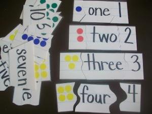 contando até 10 quebra cabeça de 3 partes